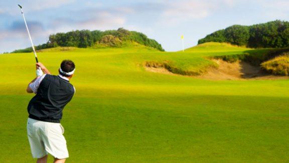 Vondt i albuen på grunn av golf?